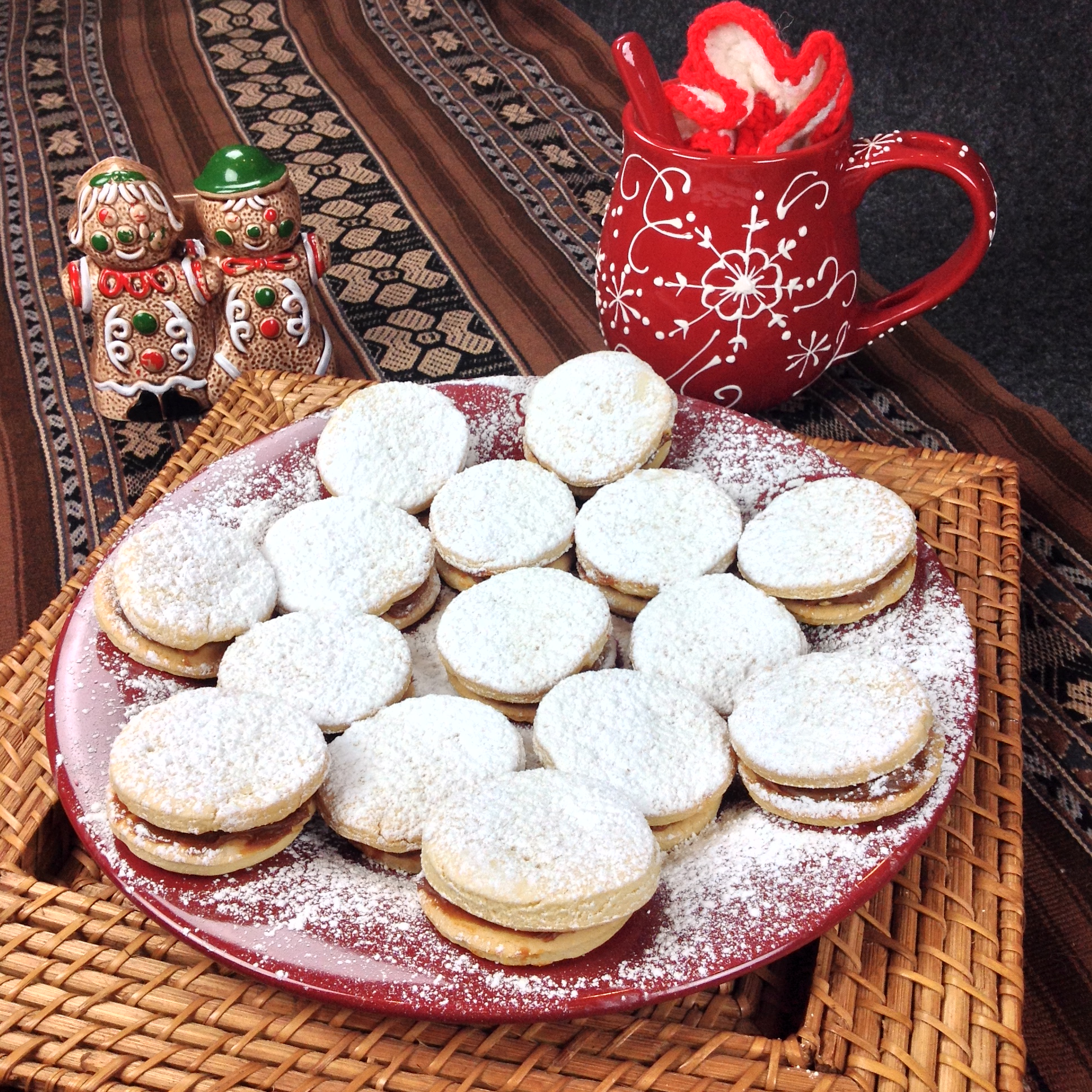 Dec 2014 - Christmas Cookies around the World & Holiday of SharingI ...